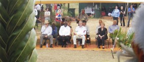 Prime Minister Rudd and cabinet in Yirrkala, before the presentation of the Petition for rights