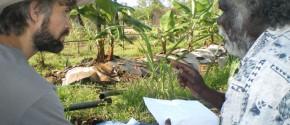 AHED team leader Tim Trudgen working with Yolngu visionary Timothy Demala.