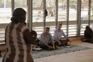 Yolngu leaders meet with NT Chief Minister Terry Mills